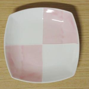 ピンク市松 角6寸皿