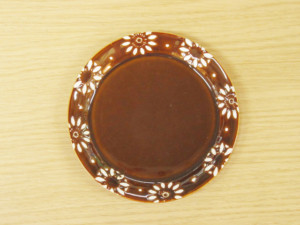 フラワーサークル 4寸丸プレート(茶)
