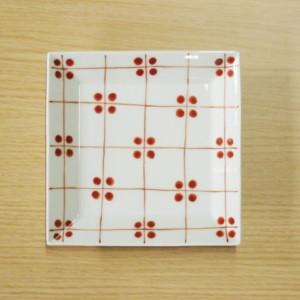 格子四弁花紋 7寸角皿(赤)