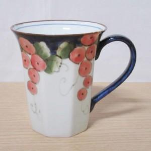 色絵ぶどう八角(赤)・マグカップ
