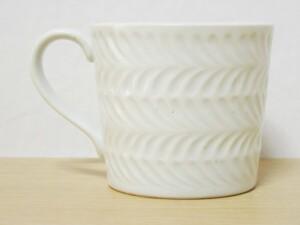 ローズマリー(白マット) マグカップ 形状